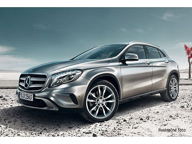 Mercedes GLA 180 D ENTRY