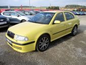 Škoda Octavia 1.8T RS TOP,  liftback,  5d
