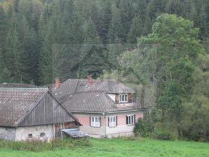 Dom na Hutách pri vleku