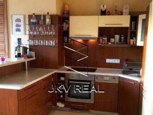 Ponúkame Vám  3 izbový byt na sídlisku Zapotôčky v Prievidzi