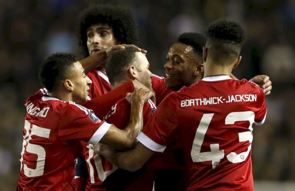 Video: FA Cup: Manchester United vyradil Derby a pokračuje