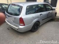 Ford FOCUS Combi 1.6i 16V Ghia  74kW/101PS/.M5