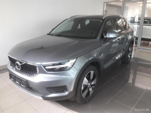 Volvo XC40 T4 FWD 140kW AT8 MOMENTUM