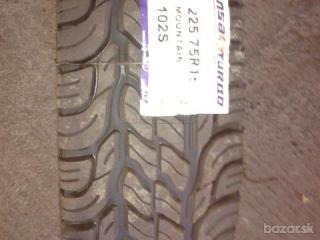 225/75 R 15 MOUNTAIN TL INSA-TURBO