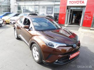 Toyota C-HR HYBRID ACTIVE Head Seats