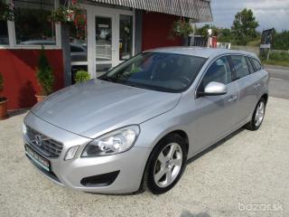 Volvo V60 D5 AWD Momentum Geartronic