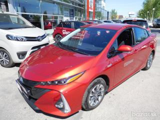 Toyota Prius 1,8 PLUG IN EXECUTIVE VIP pack leather