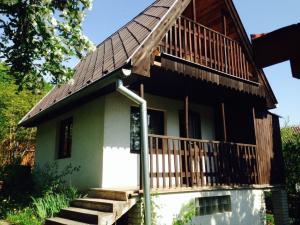 murovaná chata, 388m2, pri lese,KE-Okolie,Sokol-časť Uhrinč