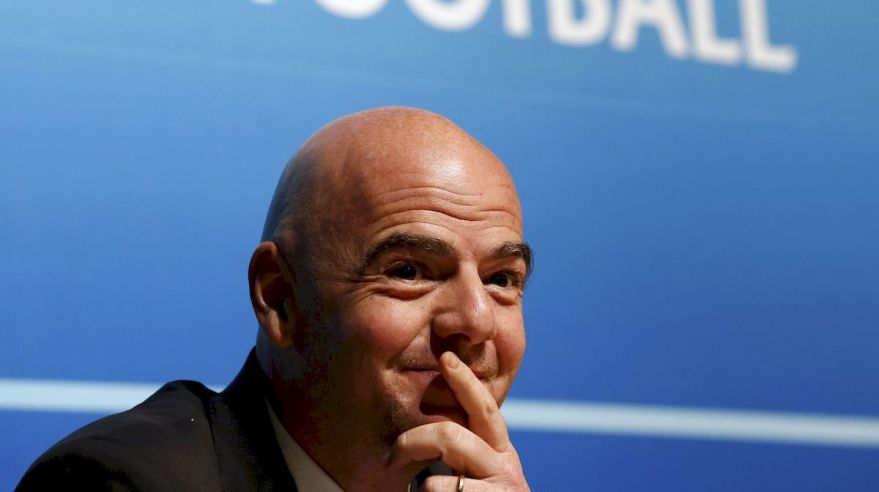 Gianni Infantino usmev FIFA jan16 Reuters